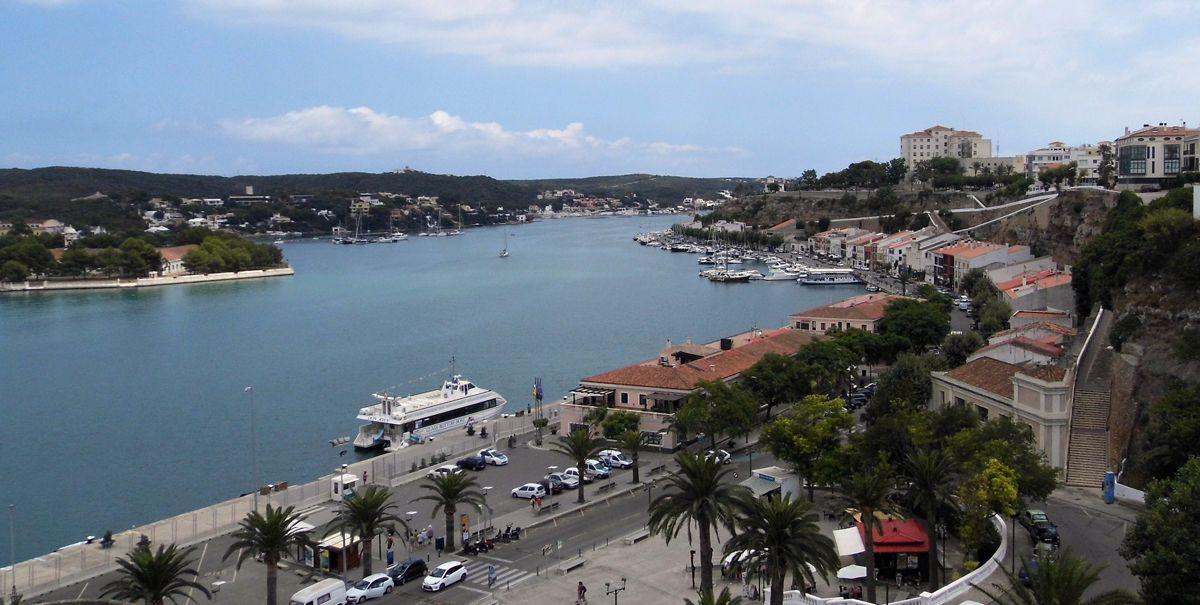 Mahon Port - CalaMenorca.com